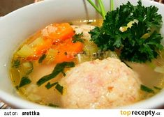 Uzený vývar s uzenými knedlíčky recept - TopRecepty.cz Thai Red Curry, Mashed Potatoes, Ethnic Recipes, Food, Whipped Potatoes, Smash Potatoes, Essen, Meals, Yemek