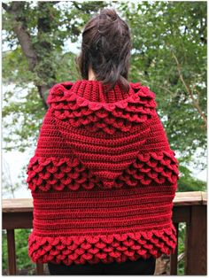 Crocodile Stitch Hooded Cape Pattern-almost want it enough to learn how to make it!