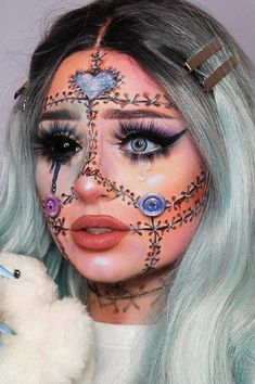 Image uploaded by R_3_. Find images and videos about makeup halloween on We Heart It - the app to get lost in what you love. Face Paint Makeup, Makeup Art, Makeup Ideas, Makeup Tips, Halloween Look, Halloween Makeup Looks, Creepy Halloween, Halloween 2019, Halloween Ideas