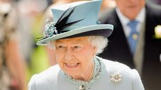 The Queen joins thousands for the Epsom Derby - ITV News