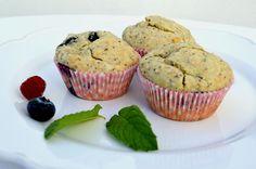 Muffins de Mirtilos com Papoila - http://gostinhos.com/muffins-de-mirtilos-com-papoila/