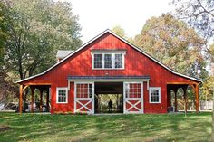 Red Horse Barn Stables Metal siding panels installed over block walls. Casas Tudor, Plan Garage, Barn Shop, Barn Living, Barns Sheds, Country Barns, Dream Barn, Farm Barn, Barn Plans