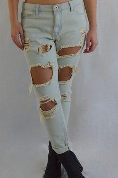 Distressed Boyfriend Jeans   Lapis & Lace