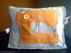 Felt sewing machine cover :) too stinking cute!! Must make this!