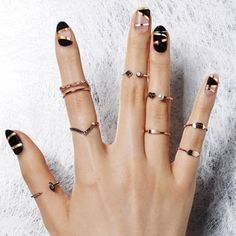 28 Dazzling Nail Polish Trends You Must Try in 2017  - Wearing catchy accessories and stunning jewelry pieces which are encrusted with diamonds can play an important role in enhancing your elegance and mak... -  striped-nails-9 .