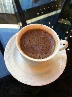The Rancilio Silvia Espresso Machine Makes Coffee Time At Home Wonderful Coffee Talk, Coffee Is Life, I Love Coffee, Hot Coffee, Coffee Drinks, Brown Coffee, Black Coffee, Dark Chocolate Brands, Coffee And Books