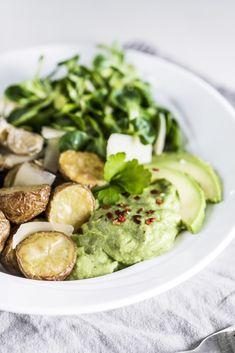 Buddah Bowl mit Artischocken Guacamole, Chili, Avocado, Sprouts, Vegetables, Food, Artichokes, Oven, Meat