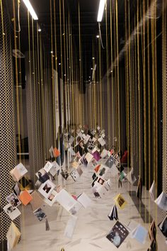 Such a fun way to display books and magazines in order to get an audience engaged and reading Museum Exhibition Design, Exhibition Display, Exhibition Space, Exhibition Ideas, Interactive Exhibition, Interactive Art, Display Design, Booth Design, Signage Design