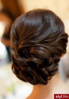 Trendy 2014: modne fryzury na wesele - Strona 43 | Styl.fm