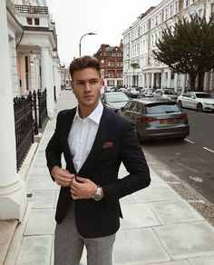 Handsome shared by Autumn on We Heart It Nice Outfits For Men, Casual Wear For Men, Business Professional Outfits, Business Casual Outfits, Tobias, Mens Office Fashion, Men Fashion, Mens Shirt And Tie, Wedding Dress Men