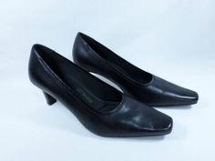 Womens shoes LIZ BAKER basic black leather CUSHIONED INSOLE heels pumps sz 6.5 M
