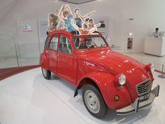 Citroen 2CV (1988) @ Paris Citroen showroom