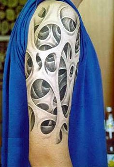 Awesome 3D arm #tattoo. No further info available (yet another victim of dumb reblogging)