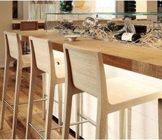 Taburete alto en madera YOUNG para bares y restaurantes - Ingenia Contract