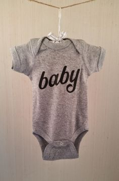 Pregnancy Announcement - New baby Announcement - New Baby Photo Prop - expecting #GRY