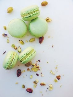 It's no secret that macarons, or French macaroons, are tricky to master. Less than ideal weather/technique/moods - too many variables that can trip you up on your road to mastering macarons! But the perfect macaron IS NOT a mythical crea. Pistachio Macaron Recipe, Pistachio Recipes, French Macaroon Recipes, French Macaroons, Cupcakes, Baking Recipes, Dessert Recipes, Macaron Filling, Sweets