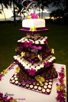 @Aubrey Godden Godden Madsen cupcake tower cake