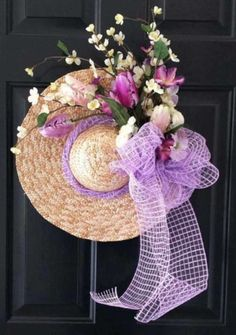 Spruce up your house with spring door decorations! We have gathered 25 ideas for spring wreaths for the front door, so you can find your perfect one. Spring Door Wreaths, Easter Wreaths, Summer Wreath, Yarn Wreaths, Floral Wreaths, Mesh Wreaths, Holiday Wreaths, Front Door Decor, Wreaths For Front Door