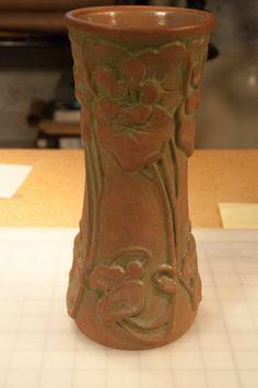 Peters and Reed Moss Aztec RARE Nasturtium Vase Arts Crafts | eBay