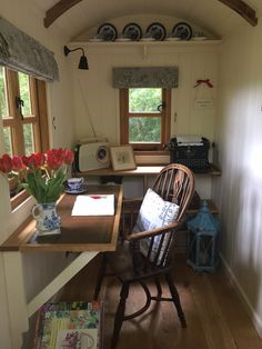 Shepherds Hut Interior Plans Ideas For Holidays Shed Interior, Interior Design, Playhouse Interior, Interior Office, Shed Design, House Design, Shed Office, Craft Shed, Studio Shed