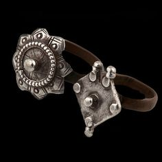 India | Double silver and copper ring from Rajasthan | ca. early 20th century | 180£