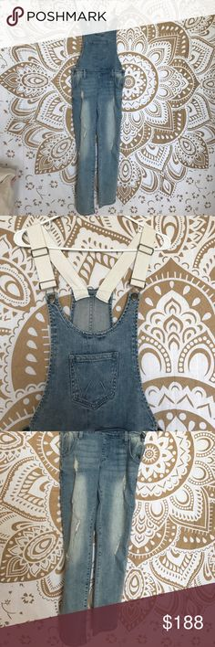 NWT Wildfox Fitted Denim Overalls Small NWT Wildfox Fitted Denim Overalls Small, waist 25-26, adjustable straps. Wildfox Pants