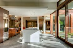 David Coleman Architecture Designs a Spacious Contemporary Home in Seattle Contemporary Kitchen Design, Kitchen Modern, Luxury Homes, Architecture Design, Residential Architecture, House Plans, House Design, Interior Design, David