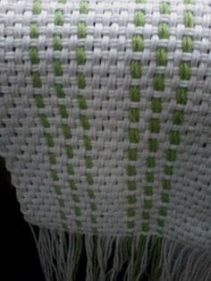 Uurarum - Tejidos Artesanales: caminos de mesa Manual, Blanket, Knitting, Crochet, Weaving, Color Accents, Knitted Throws, Tapestry Weaving, Weaving Techniques