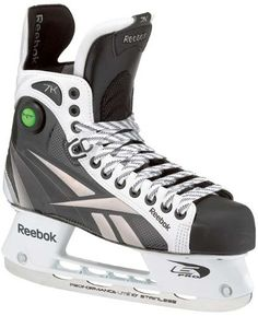 16df381c74d Reebok 7K SK7KP Ice Hockey Skates JR Size 3.5 D Youth Skates