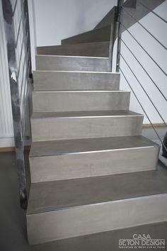 Escalier béton ciré, nez de marche inox