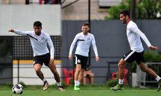 O Santos deveperder dois importantes jogadorespara o futebol europeu. Segundo informações do jornalista Jorge Nicola, da Rádio Bradesco Esportes FM, disse na ultimasexta-feiraque