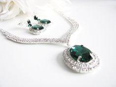 Deep Emerald Green 2 piece set Wedding Necklace Bridal Necklace - Bridal Jewelry - Wedding Necklace - bridal set- Backdrop Bridal Necklace by weddingswithflair on Etsy
