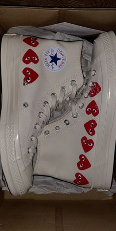 Converse cdg on Mercari Dr Shoes, Hype Shoes, Me Too Shoes, Shoes Sneakers, Vans Shoes, Mode Converse, Outfits With Converse, Converse High, New Converse