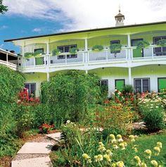 Roxbury Motel | Travel + Leisure