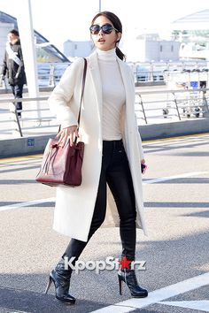 Get That K-Pop Look: Yoo In Na Airport Fashion http://www.kpopstarz.com/articles/146708/20141212/get-that-k-pop-look-yoo-in-na-airport-fashion.htm