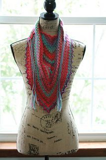 V-eekender Shawl/Shawlette by Kimberly Slifer (free Ravelry download)