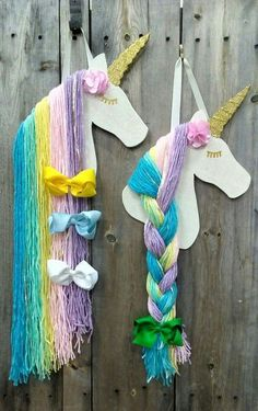 Diy how to make unicorn ornaments handmade christmas craft fabulous 17 - Elva Photography HOW TO DECORATE Before you're prepared to create your ornaments you ought to make the horns. Felt ornaments are simpl. Use as party decor or use the mane as a place Handmade Christmas Crafts, Handmade Ornaments, Felt Ornaments, Fun Crafts, Crafts For Kids, Arts And Crafts, Unicorn Birthday Parties, Unicorn Party, Unicorn Hair