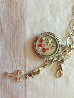 Merry Christmas. Origami Owl. Tisa Young, Independent designer #47366 TisaYoung.origamiowl.com