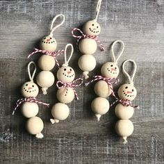 Wood Bead Snowman Ornaments diy and crafts ideas Christmas Ornament Crafts, Snowman Ornaments, Christmas Crafts For Kids, Christmas Ideas, Ornaments Ideas, Wood Ornaments, Beaded Ornaments, Kid Made Christmas Gifts, Handmade Ornaments