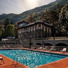 Sunday dreaming of warm days on #LakeComo at the @CastaDivaComo. // Travel Well #TravelFly / #TravelFlyHotels