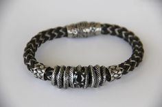 bracelet homme BIKER acier vielli et acier tressé .modèle déposé : Bijoux pour hommes par made-with-love-in-aiacciu
