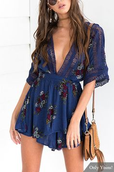 Deep V-neck Random Floral Print Playsuit in Navy Skirt Fashion, Boho Fashion, Fashion Outfits, Womens Fashion, Summer Outfits, Cute Outfits, Summer Dresses, Look Boho Chic, Black Leather Mini Skirt