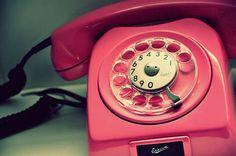 Event and wedding designer telephone vintage, vintage phones, telephone boo Telephone Vintage, Vintage Phones, Telephone Booth, Vintage Love, Vintage Pink, Vintage Style, Vintage Beauty, Vintage Inspired, Pink Love