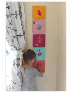 Murals Nursery, which make the nursery walls stand out - Kinderzimmer – Babyzimmer – Jugendzimmer gestalten - Kids Crafts, Family Crafts, Crafts With Baby, Baby Feet Crafts, Newborn Crafts, Family Art Projects, Diy Projects, Art Crafts, Baby Boy
