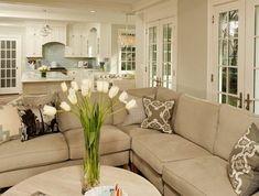 0-22-joli-salon-beige-avec-tapis-et-meubles-beiges-significations-des-couleurs-symbolique-des-couleurs-table-ronde-de-salon