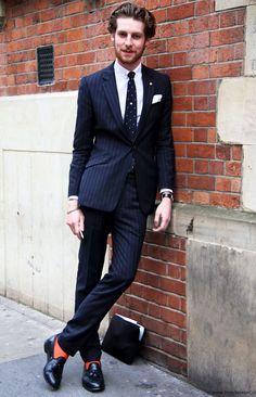 meias-coloridas-e-o-traje-social-socks-on-the-beat-meias-masculinas-roupa-social-alexandre-taleb (16)