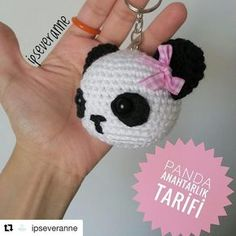 Free amigurumi pattern and knitting crafts models. Crochet Panda, Love Crochet, Crochet Animals, Easy Crochet, Knit Crochet, Crochet Motifs, Crochet Patterns Amigurumi, Crochet Dolls, Loom Knitting Stitches
