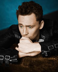 Tom Hiddleston- what face IS this!?! It's just too ADORABLE!