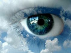 blue eye with clouds Pretty Eyes, Cool Eyes, Beautiful Eyes, Color Celeste, Eyes Wallpaper, Photos Of Eyes, Look Into My Eyes, Human Eye, Makeup For Beginners