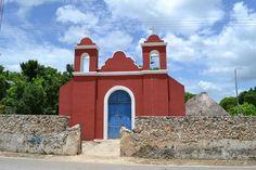 Iglesia católica en zona maya, Municipio de Carrillo Puerto, Quintana Roo